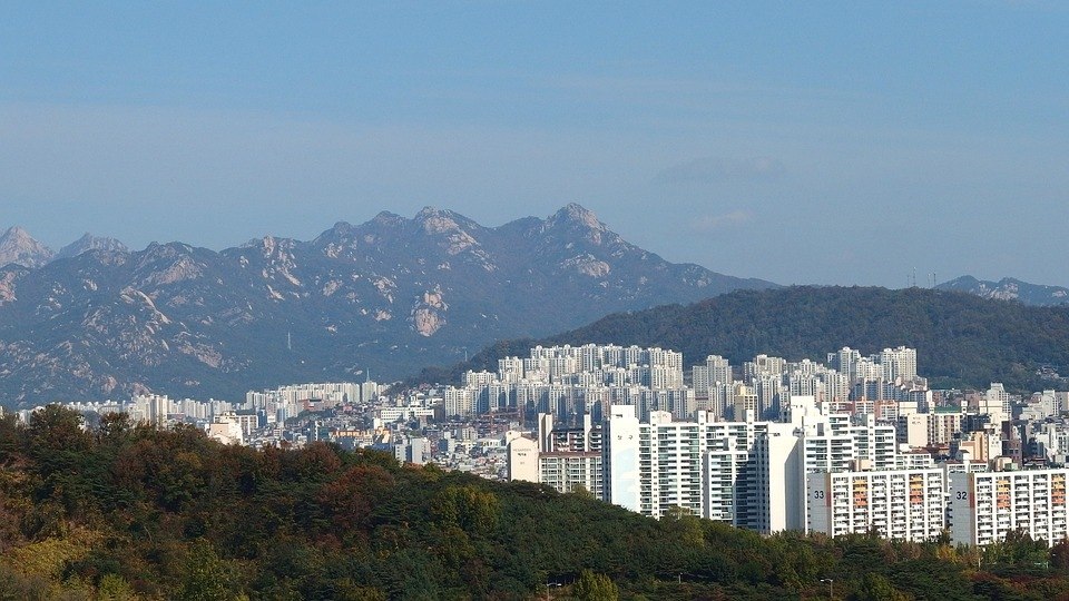 Rising Property Prices, Gambling Restrictions Among Reasons Why Cryptocurrency Is Alluring to South Koreans | EconoTimes