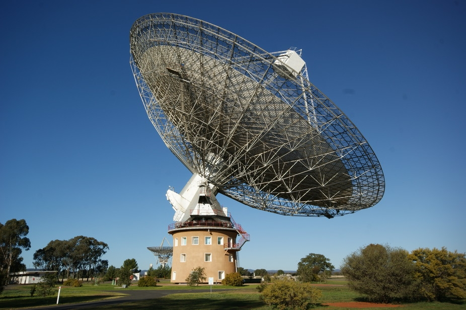 an analysis of the topic of the radio astronomy and the principles of the radio waves Directions for space-based low-frequency radio astronomy 2 telescopes   tigations and discussed critical topics in doing low- frequency  spectrum  analysis on a single spacecraft  since the array is an extension of the principle  of in.