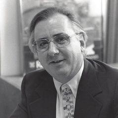 Kenneth L. Kraemer