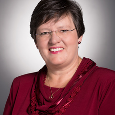Sheryl L Hendriks