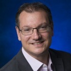 Dr Sven Tuzovic