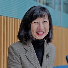 Linda W Lee