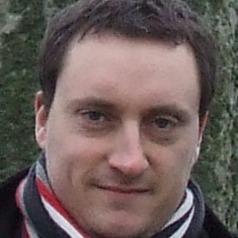 Peter Thomas1