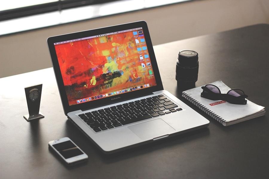 MacBook Pro 2021 release date, specs: UHS-II SD card slot ...